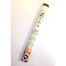 rouleau-d-encens-traditionnel-japonais-a-la-figue
